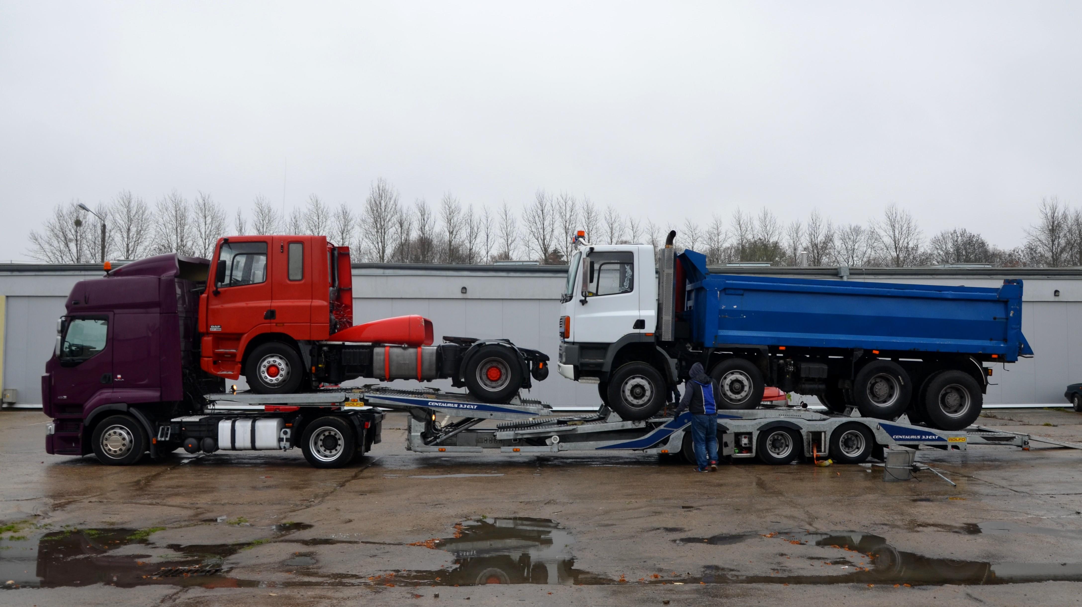 Trasport samochodów ciężarowych